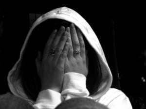 Utangaclık-cekingenlik-sosyal-fobi-testleri