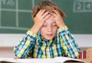 Çocuğum Derslerinde Problem Yaşıyor - Eda Gökduman