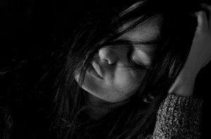 Depresyon neden kadınlarda daha sık görülür