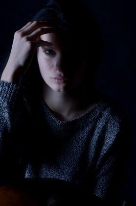 depresyon ayrimcilik icsellestirilmis stigma damga damgalanma e1492889158449 - Depresyon Geçirdiğimi Duyarlarsa Benim Hakkımda Ne Düşünürler ?