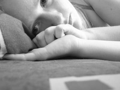 moral bozuklugu degil depresyon e1487449791797 - Yaşadığınız belki de basit bir moral bozukluğu değil, depresyon
