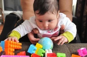 Bebeklerin Zeka Gelişimini Desteklemek İçin Neler Yapmalıyız - Sinem Olcay