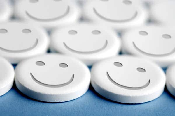 Seçici serotonin geri alım engelleyicisi antidepresan kullanırken dikkat edilmesi gereken konular Erol Özmen - Seçici serotonin geri alım engelleyicisi antidepresan kullanırken dikkat edilmesi gereken konular