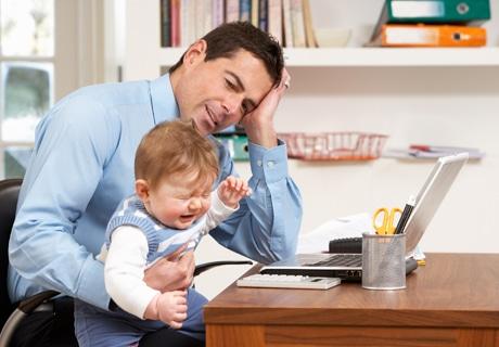 kucagaalmakbebegi - Kucağa Almak Bebeği Şımartır mı?
