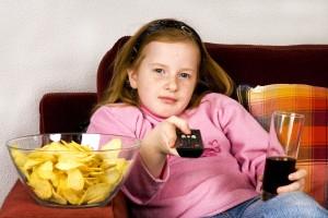 Reklamların Çocuklar Üzerindeki Olumsuz Etkileri - Sinem Olcay