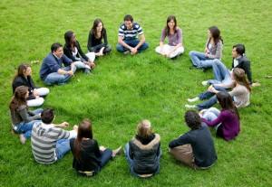 Grup Terapisi ve Yararları - Esin Nur Akyıldız