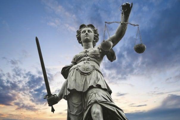 Size Göre Adalet Nedir Esin Nur Akyıldız e1478767114331 - Size Göre 'Adalet ' Nedir?