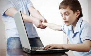 Çocuk ve Ergenlerde İnternet Bağımlılığı ve İnternet Kullanımı - Seval Hacım Kılıç