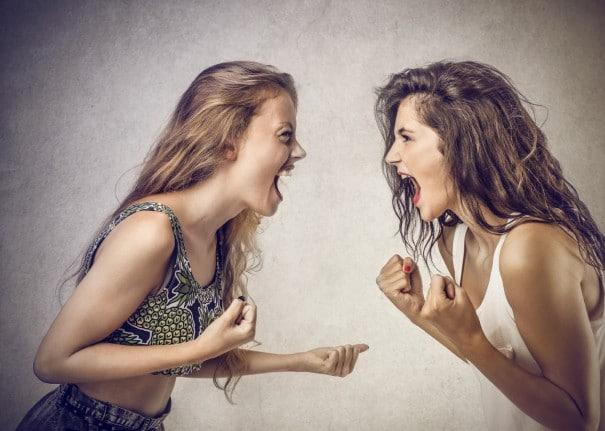 Kişilik Bozukluğu Olan Kişiler Sorunları İçin Neden Başkalarını Suçlar Zehra Erol e1506431888492 - Kişilik Bozukluğu Olan Kişiler Sorunları İçin Neden Başkalarını Suçlar