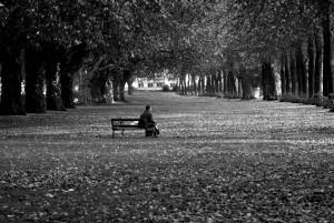 Yalnızlık Belirtileri - Zehra Erol