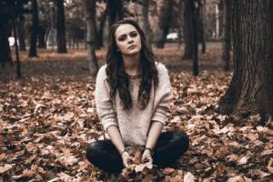 Değersizlik Hissi Farklı Psikolojik Sorunlarla Açığa Çıkar - Zehra Erol