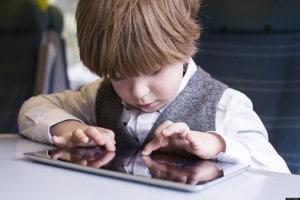 Çocuklar ve Ekran Kullanımı - İpek Gökozan