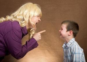 Çocuklarla Bağırarak Konuşmak - İpek Gökozan