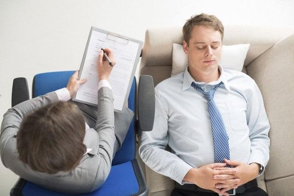 Klinik Psikolog Kimdir Ne İş Yapar İpek Gökozan e1510849967268 - Klinik Psikolog Kimdir? Ne İş Yapar?
