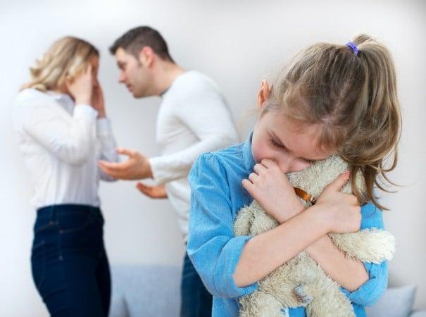 ocuklara Boşanma Haberi Nasıl Verilir İpek Gökozan e1510739540473 - Çocuklara Boşanma Haberi Nasıl Verilir?