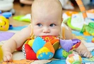 Çocuk ve Oyuncak - Çağla Tuğba Selveroğlu