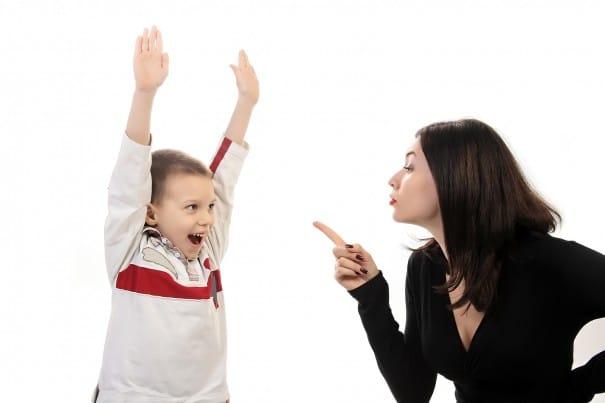 Sorumsuz Çocuklar Aşırı Koruyucu Annelere Karşı Çağla Tuğba Selveroğlu e1514457709567 - Sorumsuz Çocuklar Aşırı Koruyucu Annelere Karşı