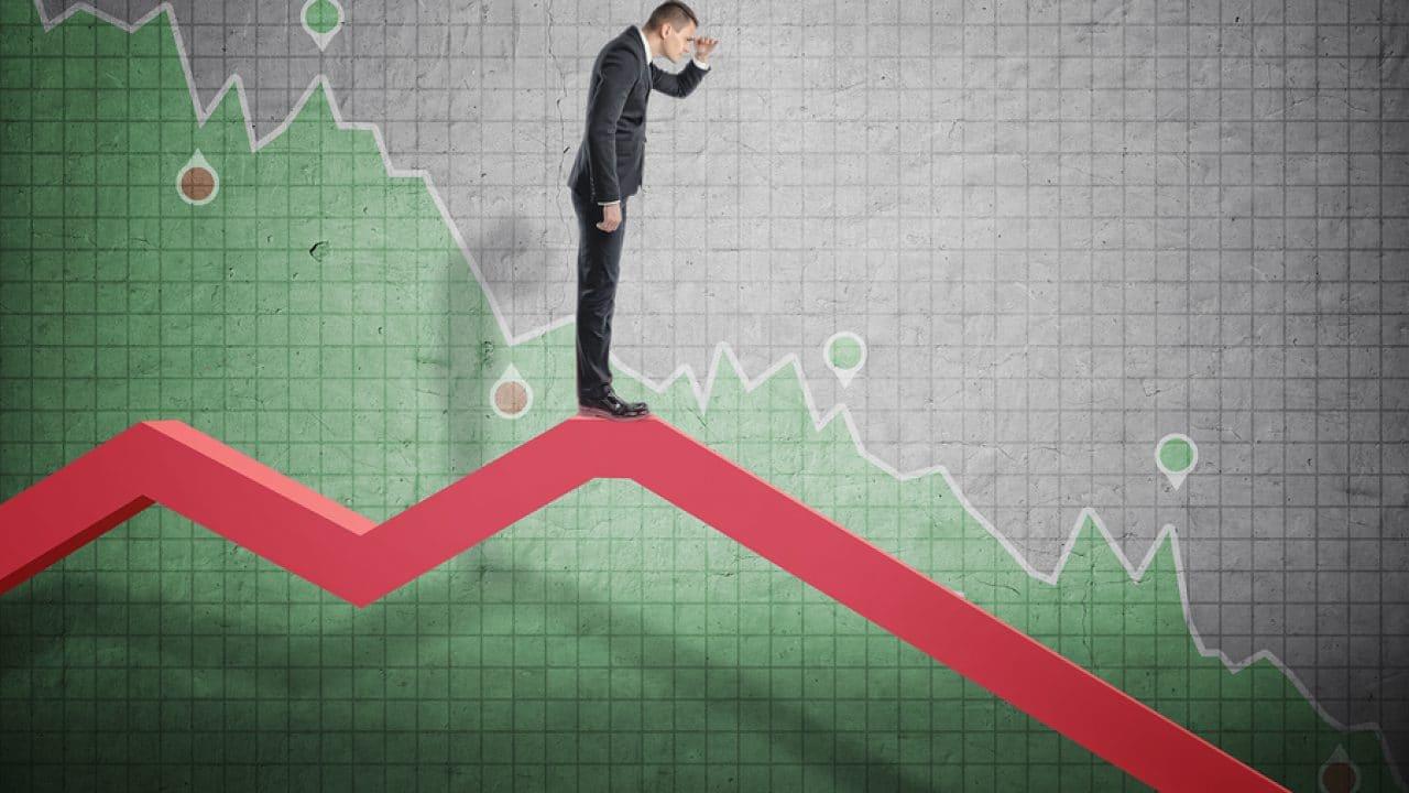 Ekonomik Kriz ve Psikolojik Etkileri Özge Akçay - Ekonomik Kriz ve Psikolojik Etkileri