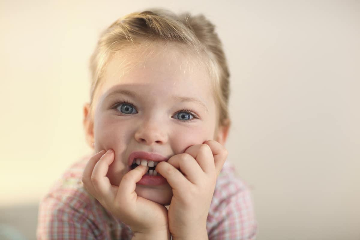 ocuklarda Tırnak Yeme Alışkanlığı Ayhan Altaş - Çocuklarda Tırnak Yeme Alışkanlığı